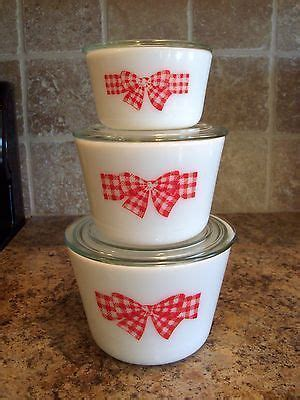 Details about Vintage Set of 3 McKee Red Bow Milk Glass