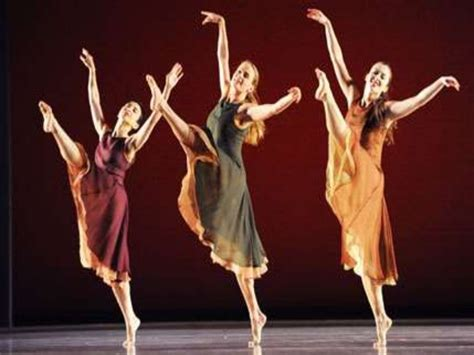 what is contemporary contemporary dance