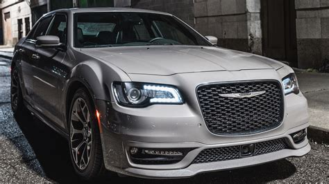 2018 Chrysler 300s 6 Wallpaper