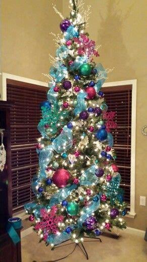 frozen christmas tree ideas  pinterest diy