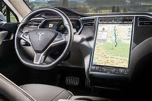 2019 Tesla Model S Pictures - 162 Photos | Edmunds