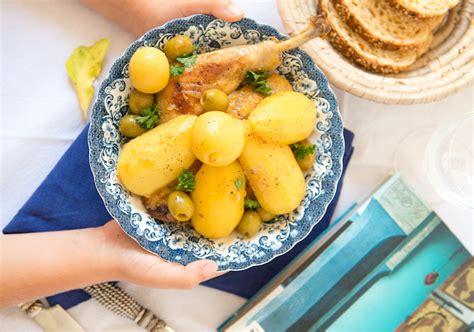 poulet aux citrons confits cuisine tajine de poulet aux citrons confits safrangourmand fr