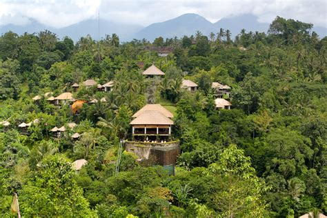 hanging gardens ubud ubud hanging gardens hotel providing nature and