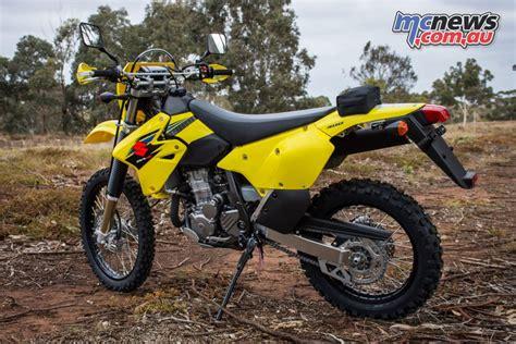 Lewis Suzuki by Suzuki Celebrate 20 000 Dr Z400 Sold In Australia Mcnews