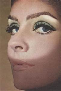 How To Do 60s Mod Makeup  Latest Fashion Tips amp Trends