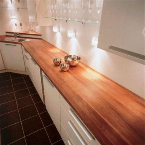 plan de travail en bois massif cuisine plan de travail de cuisine classique fonc 233 en bois massif
