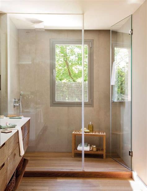 verre fenetre salle de bain les 25 meilleures id 233 es concernant fen 234 tre de sur ma 238 tre salle