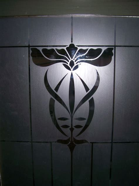 Freehand Glass Etching