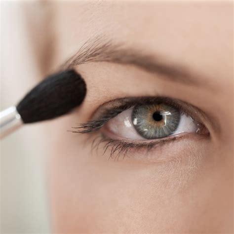 Makeup tricks for hooded eyes  Hooded eyes makeup tips