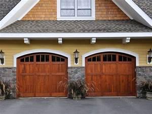 portes de garage en bois portes de garage ste victoire inc With porte de garage avec porte exterieur en bois