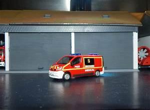 Peugeot Maiche : photos de miniatures de v hicules d 39 urgence page 574 auto titre ~ Gottalentnigeria.com Avis de Voitures