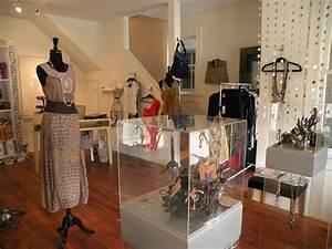 Mititique Boutique: Interior Design Ideas For A Luxury