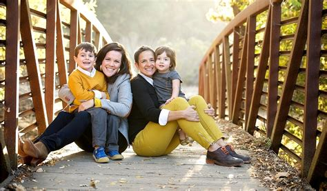 creative family photography ideas