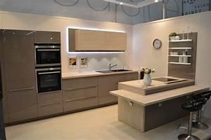 Logiciel Cuisine Leroy Merlin : cuisine ingenious 2014 cuisines white kitchen ~ Dailycaller-alerts.com Idées de Décoration
