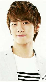 kim jonghyun of shinee   GD Alive