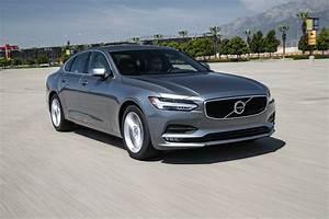 Volvo S90 2017 : 2017 volvo s90 t5 first test intriguing e300 530i alternative offers value motor trend canada ~ Medecine-chirurgie-esthetiques.com Avis de Voitures