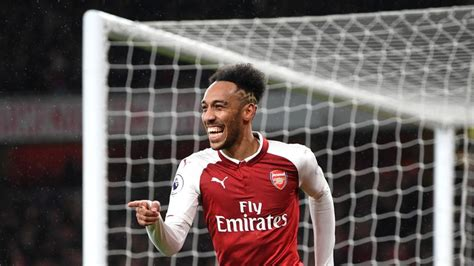 Pierre-Emerick Aubameyang impresses on his Arsenal debut ...