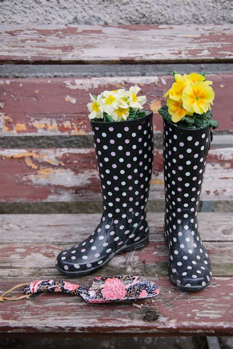 Rain Boot Planters Diy Guide And 15 Ideas Gallery