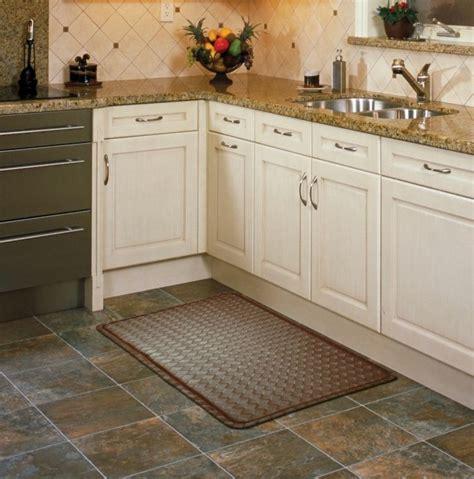pose evier cuisine tapis de cuisine de tout type confort et ambiance