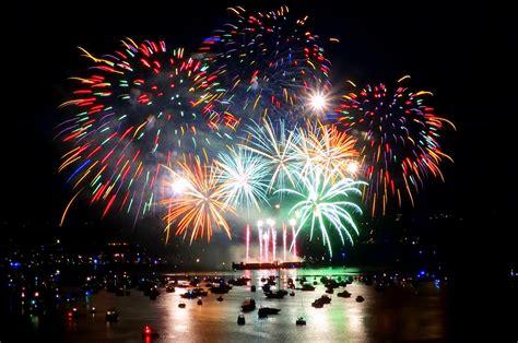 celebration of light file canada s fireworks at the 2013 celebration of light