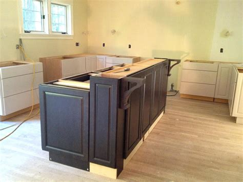 building a kitchen island with cabinets building kitchen island bar breakfast islnd cbinets ing