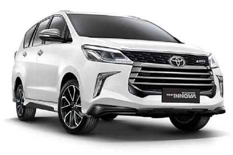 Toyota Innova Crysta Facelift Rendered; Launch Likely In 2019