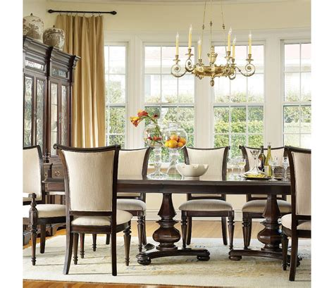 hooker furniture estate  piece dining set dining room