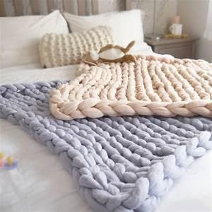 Plaid Grosse Maille Laine : tricot grosse laine laine et tricot ~ Teatrodelosmanantiales.com Idées de Décoration