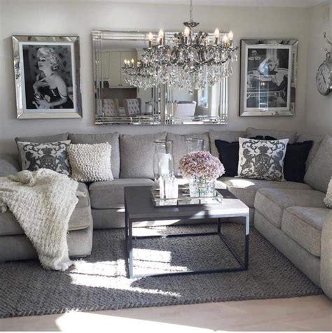 blackwhitegreypink living room inspo hem home decor