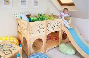 Bett Für Kinderzimmer : kinderzimmer mit hochbett und rutsche 50 fotos ~ Frokenaadalensverden.com Haus und Dekorationen