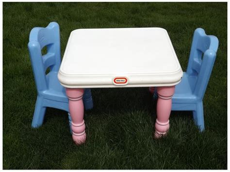 childrens little tikes pink princess victorian 3 pc table