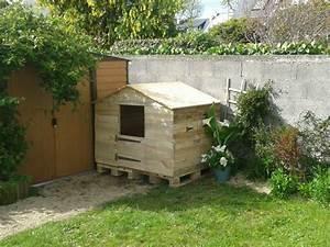 Cabane En Bois Enfant : cabane pour enfant avec une ossature en bois de palette et ~ Dailycaller-alerts.com Idées de Décoration