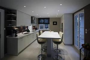 Table De Cuisine Haute : deco cuisine table haute ~ Dailycaller-alerts.com Idées de Décoration
