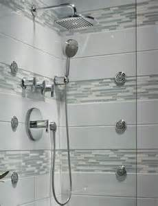 Ceiling Mounted Rain Shower Head Picture