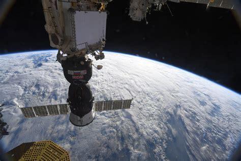 Cosmonauts Plug Small Air Leak On The International Space