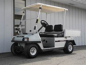 This 1999 Club Car Carryall 1 48