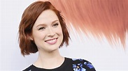 Who's Ellie Kemper dating? Wiki: Husband, Baby, Net Worth ...