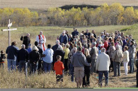 church finds greener pastures in cedar falls local news 757 | 544d7324203bb.image