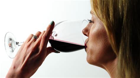 dementia link  brain damage due  excess alcohol bt