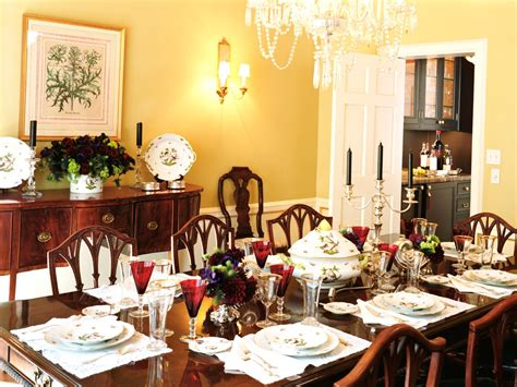 Traditional Dining Room With Yellow Walls
