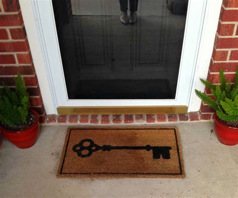 Front Door Mats As A Guest Greeting Tool