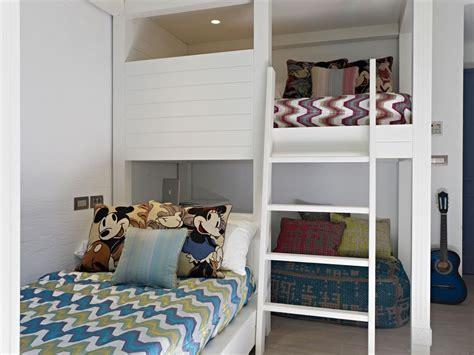 partager une chambre en deux des exemples de chambres très déco pour faire cohabiter