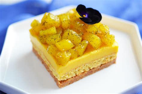 dessert avec ananas frais entremets exotiques mangue ananas d 233 pices