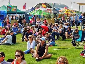 Whimsy Fest: The World's Shortest Parade, Food Trucks ...