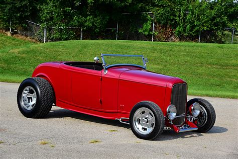 This 1932 Ford Roadster Personifies the Ohio Look - Hot Rod
