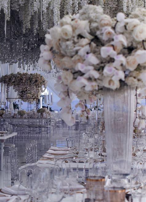 Kāzu noformējums ar ziediem - Kāzu floristika - Kāzu telpu ...