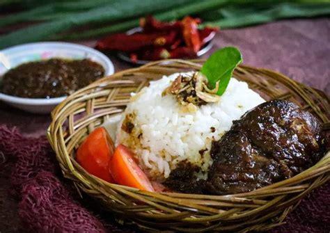 Resep bebek goreng bumbu pedas oleh ade riyana cookpad sumber : Resep Bebek Madura Bumbu Hitam oleh Dapur MaK - Cookpad