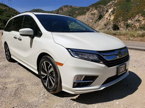 See 4 user reviews, 7 photos and great deals for 2019 honda odyssey. 2019 Honda Odyssey Review, Prices, Features, Trims, Pics ...