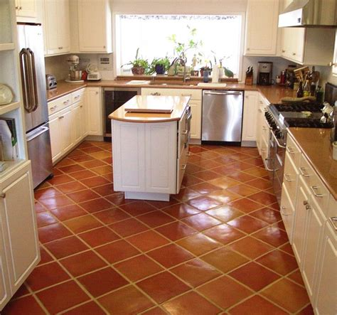 kitchens with terracotta floors 27 best floored images on cottage terracotta 6649