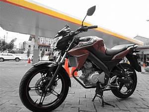 Duel Honda Cb150r Streetfire Vs Yamaha New Vixion